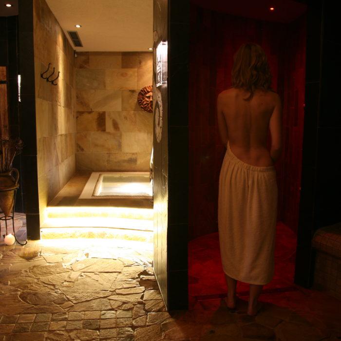 whirpool a 3 zážitkové sprchy
